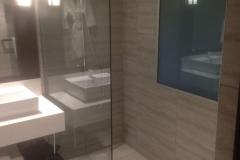 commercial-bathroom-11